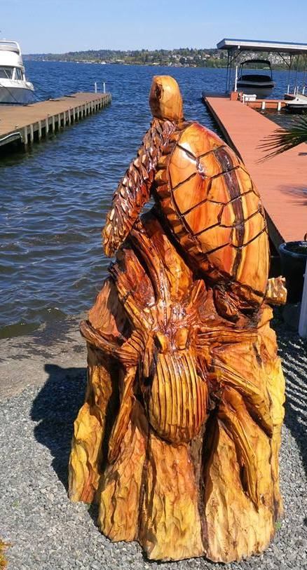 2014-03-23-Turtles-Turtle-Octopus-Chainsaw-Carving-1.jpg
